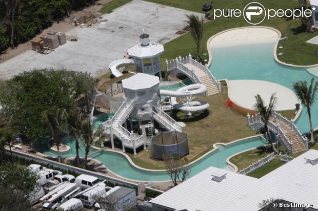 Pour ceux qui r vent de fortune c line dion vend son extraordinaire domaine aquatique pour 72 - Maison de celine dion a las vegas ...